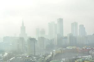Będą trzy nowe stacje pomiaru smogu. Prezydent stolicy zapowiada przetarg