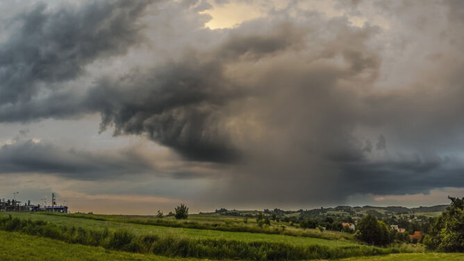 Prognoza pogody na dziś: aż 33 stopnie i gwałtowne burze